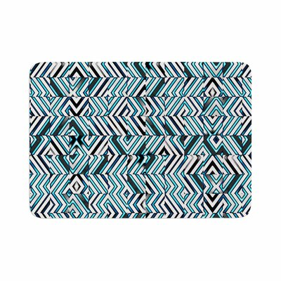 Dawid Roc Maze Geometric Abstract 2 Pattern Memory Foam Bath Rug Size: 0.5