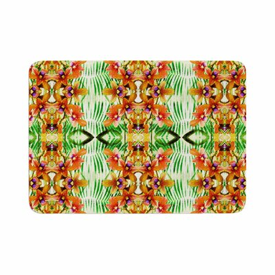 Dawid Roc Tropical Flowers Palm Leaves Pattern Memory Foam Bath Rug Size: 0.5 H x 24 W x 36 D