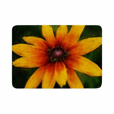 Ginkelmier Wildflower in Sun Photography Memory Foam Bath Rug Size: 0.5 H x 17 W x 24 D