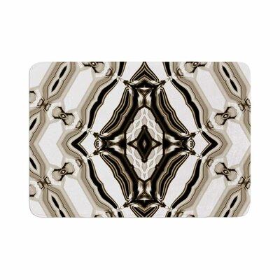 Dawid Roc Inspired by Psychedelic Art 6 Pattern Memory Foam Bath Rug Size: 0.5 H x 17 W x 24 D