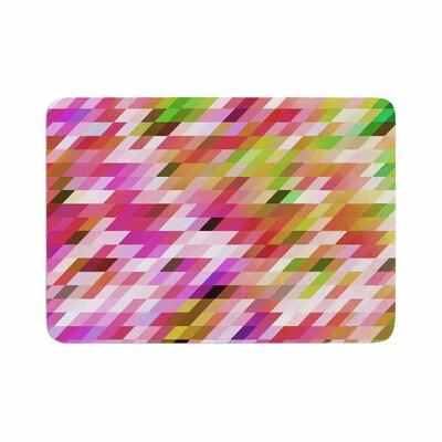 Dawid Roc Spring Summer Geometric Digital Memory Foam Bath Rug Size: 0.5 H x 17 W x 24 D