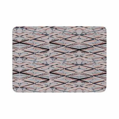 Fernanda Sternieri Move Abstract Memory Foam Bath Rug Size: 0.5 H x 24 W x 36 D