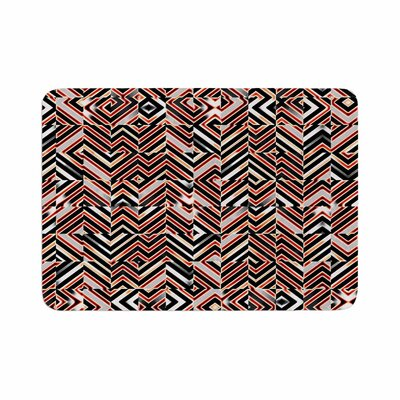 Dawis Roc Maze Geometric Abstract 1 Memory Foam Bath Rug Size: 0.5 H x 17 W x 24 D