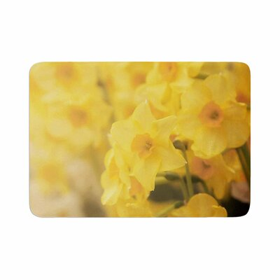 Angie Turner Dreamy Daffodils Memory Foam Bath Rug Size: 0.5 H x 24 W x 36 D