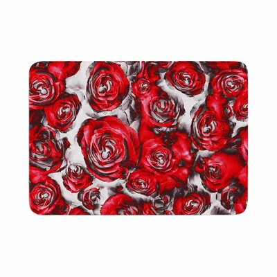 Dawid Roc Roses Floral Abstract Memory Foam Bath Rug Size: 0.5 H x 17 W x 24 D