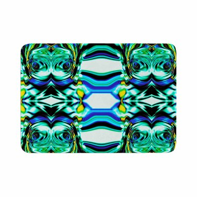Dawid Roc Inspired by Psychedelic Art 5 Abstract Memory Foam Bath Rug Size: 0.5