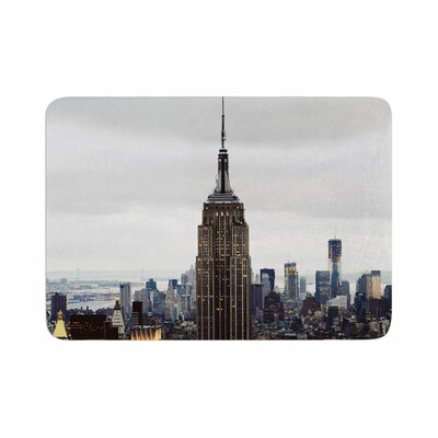 New York Stories Urban Travel Memory Foam Bath Rug Size: 0.5 H x 17 W x 24 D