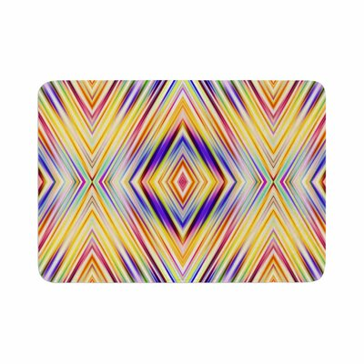 Dawid Roc Colorful Tribal Ethnic Ikat Pattern Memory Foam Bath Rug Size: 0.5 H x 24 W x 36 D