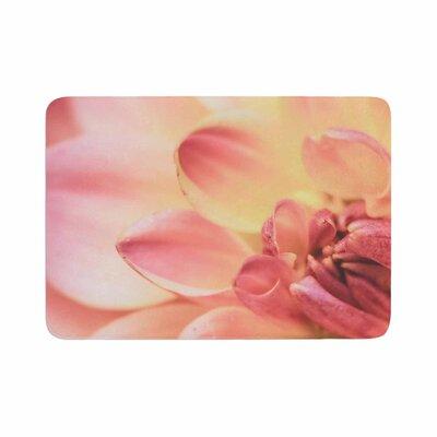 Debbra Obertanec Spring Floral Memory Foam Bath Rug Size: 0.5 H x 24 W x 36 D