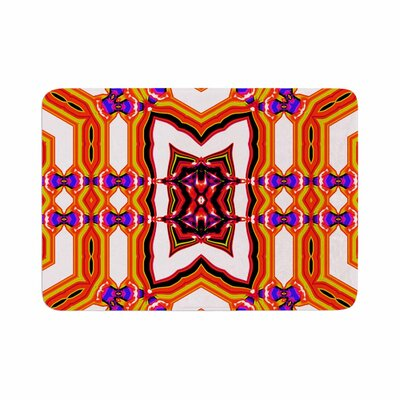 Dawid Roc Inspired by Psychedelic Art 4 Abstract Memory Foam Bath Rug Size: 0.5