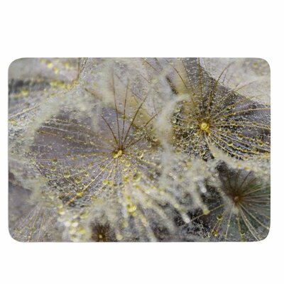 Ginkelmier Golden Dew on Dandelion Memory Foam Bath Rug
