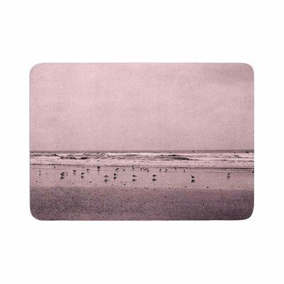 Iris Lehnhardt Seagulls Memory Foam Bath Rug Size: 0.5 H x 17 W x 24 D