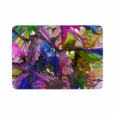 Ebi Emporium Birds of Prey Tropical II Painting Memory Foam Bath Rug Size: 0.5 H x 17 W x 24 D
