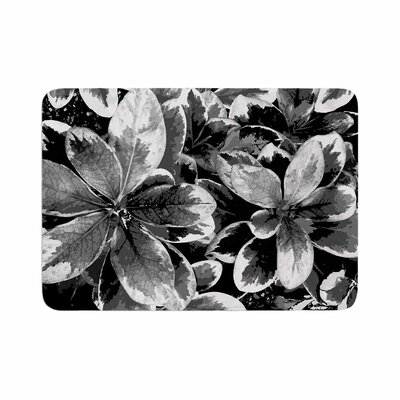 Julia Grifol Leaves Floral Memory Foam Bath Rug Size: 0.5 H x 17 W x 24 D, Color: Gray