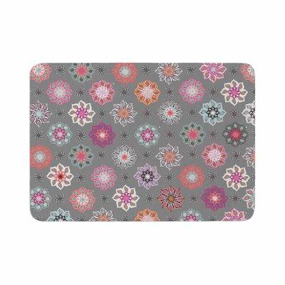 Jolene Heckman Mini Floral Memory Foam Bath Rug Size: 0.5 H x 17 W x 24 D