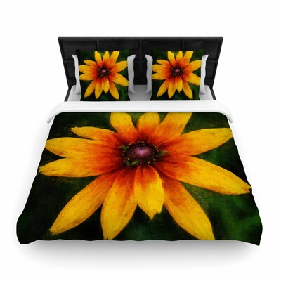 Ginkelmier Wildflower in Sun Photography Woven Duvet Cover Size: King