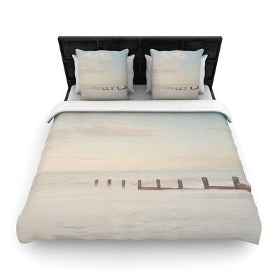 Laura Evans the Rising Tide Woven Duvet Cover Size: King