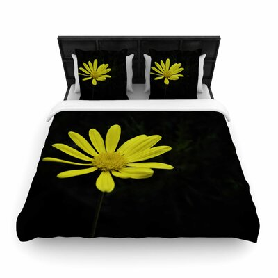 Nick Nareshni Petal Daisy Floral Photography Woven Duvet Cover Size: Full/Queen