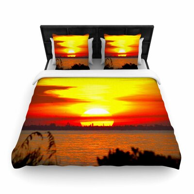 Philip Brown Sunrise on Sanibel Woven Duvet Cover Size: King