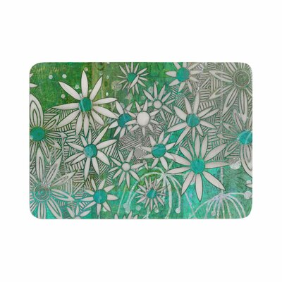 Marianna Tankelevich Spring Daisies Memory Foam Bath Rug Size: 0.5