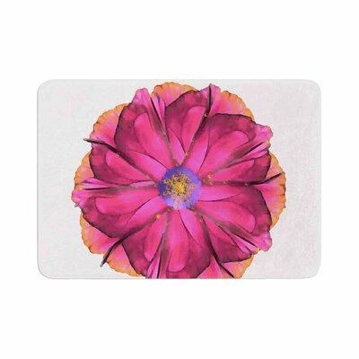 Oriana Cordero Athena Flower Memory Foam Bath Rug Size: 0.5 H x 17 W x 24 D