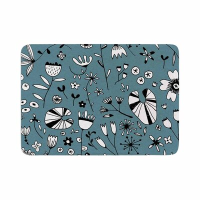 Nic Squirrell Etched Flowers Memory Foam Bath Rug Size: 0.5 H x 17 W x 24 D