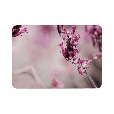 Pia Schneider Rose Spangles Pattern Memory Foam Bath Rug Size: 0.5 H x 17 W x 24 D