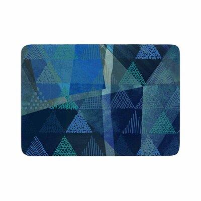 Pia Schneider Triangles Melange Memory Foam Bath Rug Size: 0.5 H x 24 W x 36 D