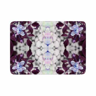 Pia Schenider Roses ll Memory Foam Bath Rug Size: 0.5 H x 17 W x 24 D