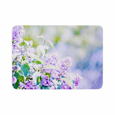Sylvia Coomes Hazy Flowers Memory Foam Bath Rug Size: 0.5 H x 17 W x 24 D