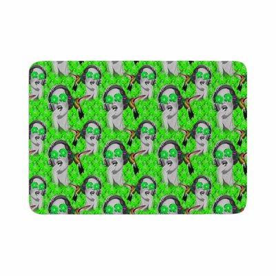 Shirlei Patricia Muniz Good Vibes Vintage Memory Foam Bath Rug Size: 0.5 H x 24 W x 36 D