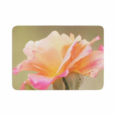 Sylvia Coomes Rose in Full Bloom Floral Memory Foam Bath Rug Size: 0.5 H x 17 W x 24 D