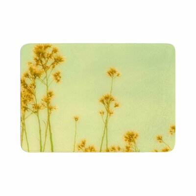 Sylvia Coomes Abstract Wild Flowers Memory Foam Bath Rug Size: 0.5 H x 24 W x 36 D