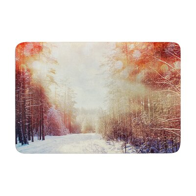 Snap Studio Winter Walkway Snowy Memory Foam Bath Rug Size: 0.5 H x 17 W x 24 D