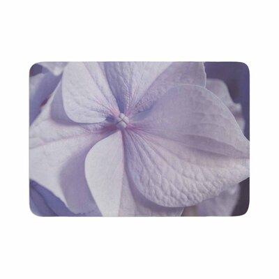 Suzanne Harford Hydrangea Flower Floral Memory Foam Bath Rug Size: 0.5 H x 24 W x 36 D