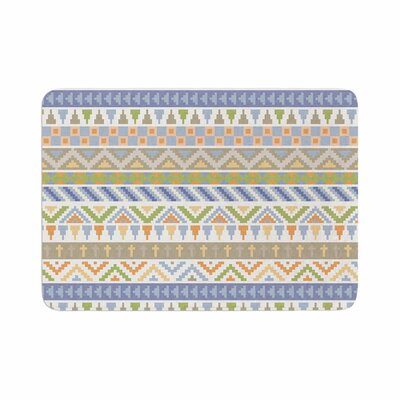 Noonday Design Happy Tribal Pattern Abstract Memory Foam Bath Rug Size: 0.5 H x 17 W x 24 D