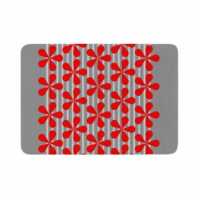 Trebam Crvena Memory Foam Bath Rug Size: 0.5 H x 17 W x 24 D