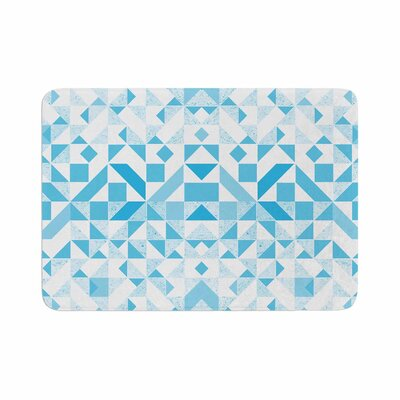 Vasare Nar Light Geometric Digital Memory Foam Bath Rug Size: 0.5 H x 17 W x 24 D