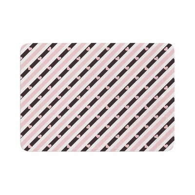 Vasare Nar Stripe Heart Love Memory Foam Bath Rug Size: 0.5 H x 24 W x 36 D