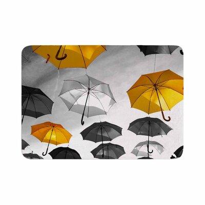 888 Design Umbrellas Memory Foam Bath Rug Size: 1 H x 24 W x 36 D