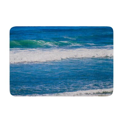 Nick Nareshni Solana Beach Rolling Waves Coastal Memory Foam Bath Rug Size: 0.5 H x 24 W x 36 D