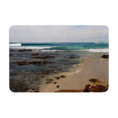 Nick Nareshni Clear Water Beach Coastal Memory Foam Bath Rug Size: 0.5 H x 24 W x 36 D