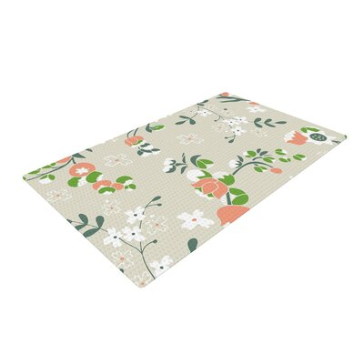 Very Sarie Early Waking Floral Green Area Rug Rug Size: 4 x 6