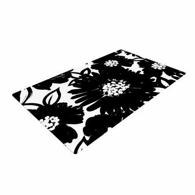 Emine Ortega Monochromatic Blooms Black/White Area Rug Rug Size: 4 x 6