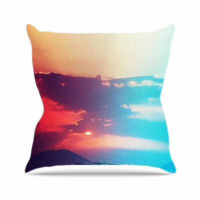 Li Zamperini Summer Outdoor Throw Pillow Size: 18 H x 18 W x 5 D