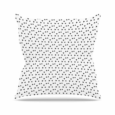Trebam Svuda Outdoor Throw Pillow Size: 16