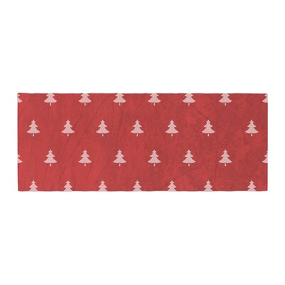 Snap Studio Pine Pattern Bed Runner Color: Red/Maroon