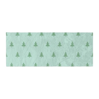 Snap Studio Pine Pattern Bed Runner Color: Green/Teal