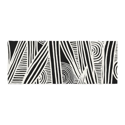 Emine Ortega Graphique Bed Runner Color: Black