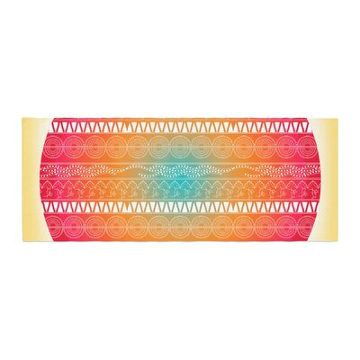 Famenxt Romantic Pattern Abstract Bed Runner